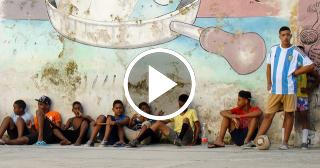 Aficionados opinan sobre el desinterés por el béisbol de los jóvenes cubanos