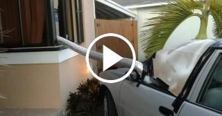 ¿Qué hace un cubano en la Florida cuando se queda sin aire acondicionado tras un huracán?