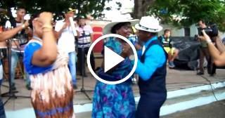 Así se baila en Bayamo a ritmo del órgano El Mambisito