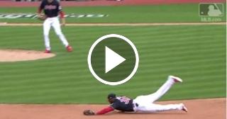 Fildeo de lujo del cubano Yandy Díaz salva una carrera ante White Sox