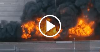 Espectacular puente en Atlanta se desploma y provoca el caos