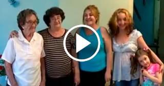 Cinco generaciones de mujeres cubanas en una misma familia
