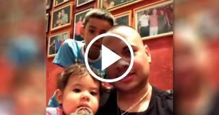 El tierno momento de Jacob Forever junto a sus hijos Saisha y Riler