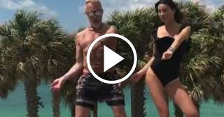 Multimillonario Vacchi causa furor bailando 'Despacito'