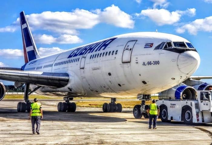 Cubana De Aviación Recupera Uno De Sus Il 96 300 Para Un Vuelo De Prueba Tras Pasar 6 Años En Tierra