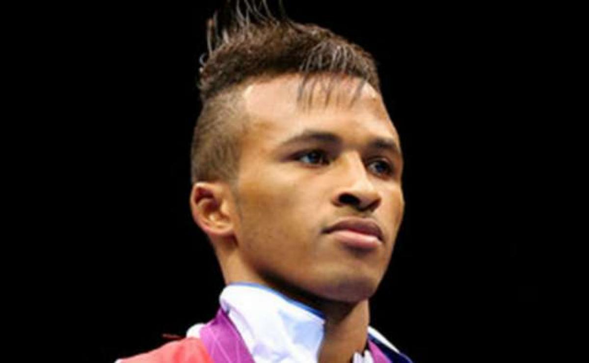 Boxeador cubano sancionado por teñirse el pelo ofrece declaraciones a la prensa