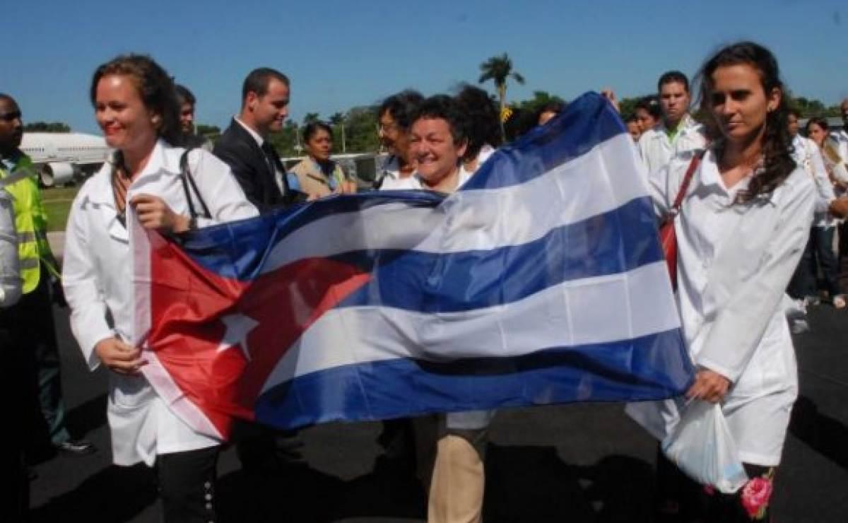 Gobierno de Cuba enviará médicos a Vietnam con contratos de tres años