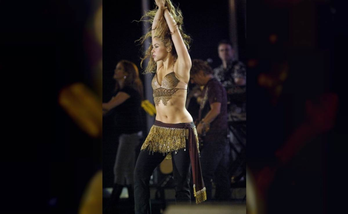 Acusan a cantante Shakira de defraudación tributaria durante 3 años — España