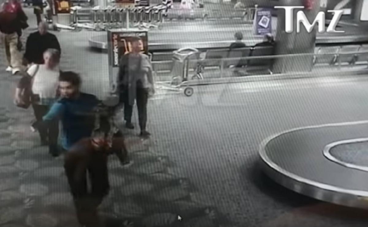 Suspendido de empleo y sueldo el policía que filtró vídeo del tiroteo en el aeropuerto de Florida