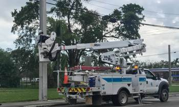 Tras días sin electricidad, Coral Gables estudia posibilidad de demandar a FPL