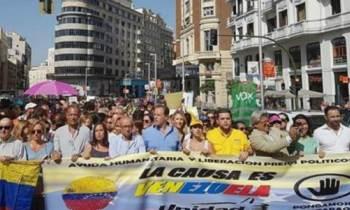 """Partido político español pide """"asilo automático"""" para cubanos y venezolanos"""