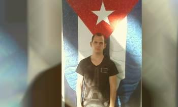 Expulsan a director de teatro cubano de la Asociación Hermanos Saíz