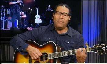 """El músico cubano Amaury Gutiérrez califica de """"inmoral"""" discriminación de Carnival"""