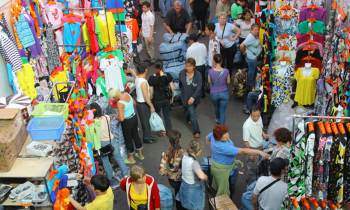 Aumenta el número de visitantes cubanos a Rusia por motivos comerciales