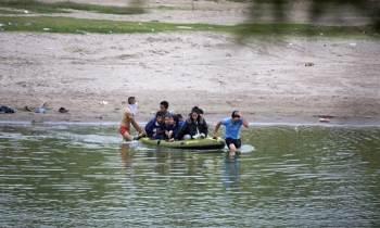 Cubanos estarían cruzando a nado el peligroso Río Bravo para llegar a EE.UU