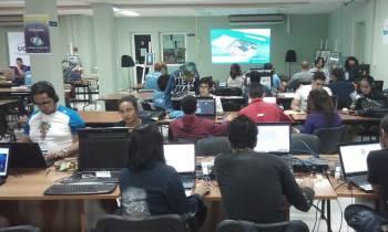 Estudiantes cubanos participan en el Global Game Jam