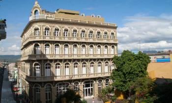 Hotel Imperial: joya restaurada del patrimonio ecléctico del oriente de Cuba