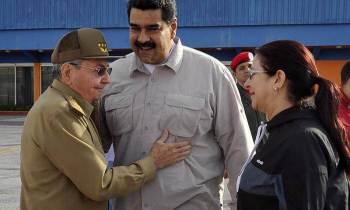 """Opositores venezolanos: """"Maduro pretende instaurar el modelo político de Cuba"""""""