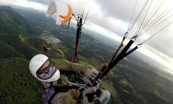 Volar en parapente: pasión con tribulaciones en Cuba