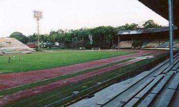 Recuento y aniversario del añejo estadio La Tropical (Pedro Marrero)