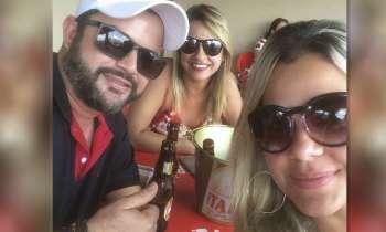 Marido publicó esta foto y su mujer se presenta en el lugar repartiendo golpes