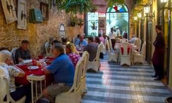 """Trabajadores por cuenta propia en Cuba solicitan reunión con el Gobierno para """"dialogar"""""""