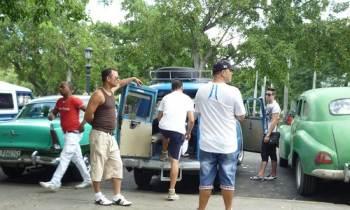 Gobierno cubano exige a los boteros que espíen a sus pasajeros