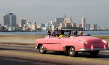 """El Gobierno cubano afirma que """"sin bloqueo"""" ingresaría 1.500 millones de dólares en concepto deturismo de EE.UU."""