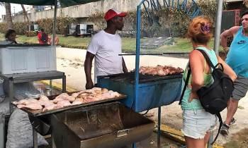 Mariela Castro elogia que el Estado venda comida y agua a los damnificados del huracán Irma