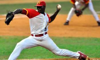 Matanzas silencia a Granma en primer duelo de la postemporada del béisbol cubano