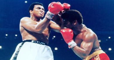 Spinks murió a los 67 años víctima de cáncer de próstata, se le recuerda por haber vencido al mítico Muhammad Ali.