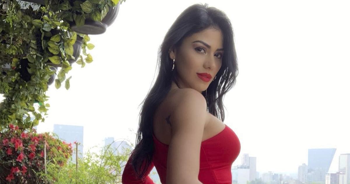 b8377dba1 El sexy mini vestido de Angélica Cruz