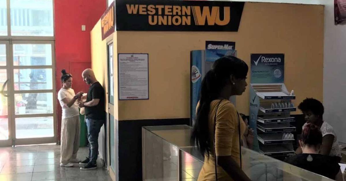 Western-Union-Niederlassung in Havanna | Bildquelle: https://www.cibercuba.com/noticias/2020-02-13-u199572-e199572-s27061-western-union-suspendera-envios-remesas-cuba-terceros © CiberCuba | Bilder sind in der Regel urheberrechtlich geschützt